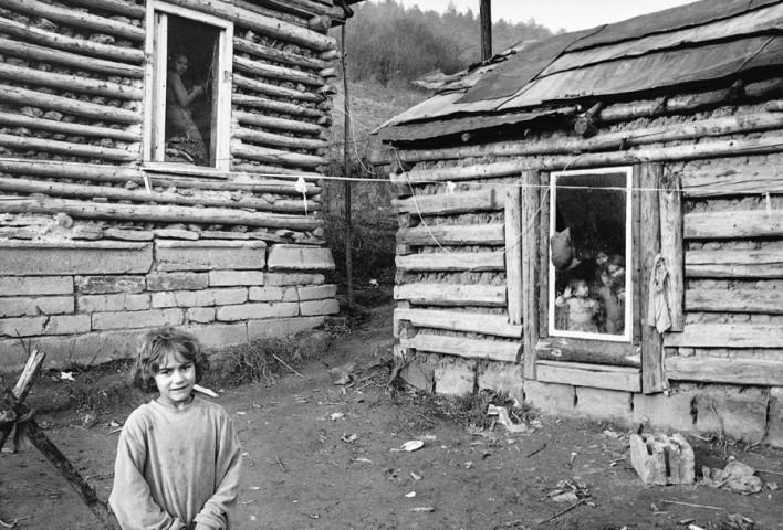 SLOVAKIA - Roma settlement in Chminianske Jakuvobany near the border with Ukraine